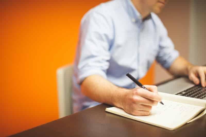 O que responder em uma entrevista de emprego sobre seus defeitos e qualidades